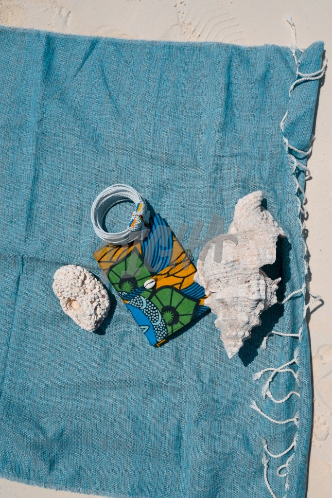 Keepsakes and mementos from the coast