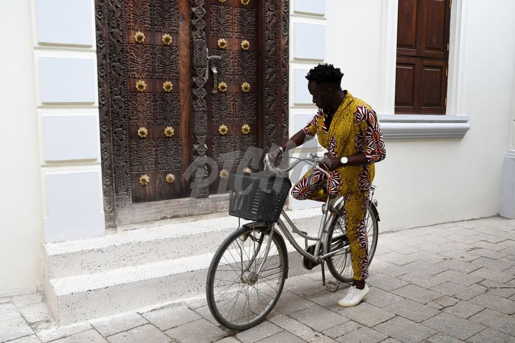 Stylish man with a bicycle