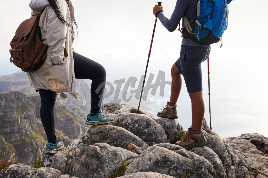 Hikers enjoy breathtaking view on Table Mountain