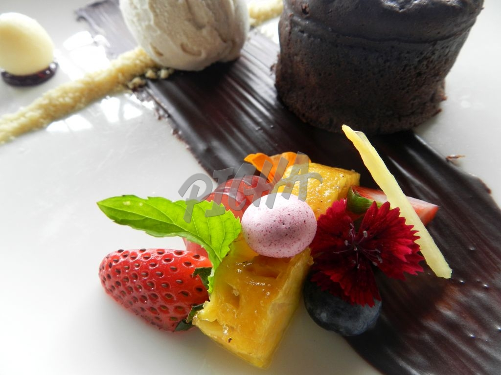 tropical fruit chocolate desert gourmet