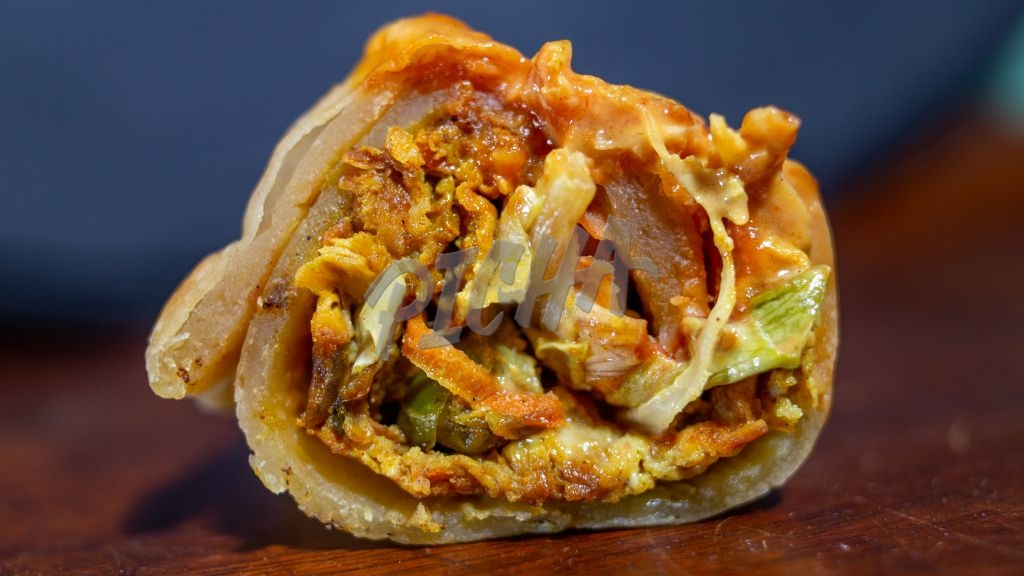 Chicken and vegetables chapati wrap