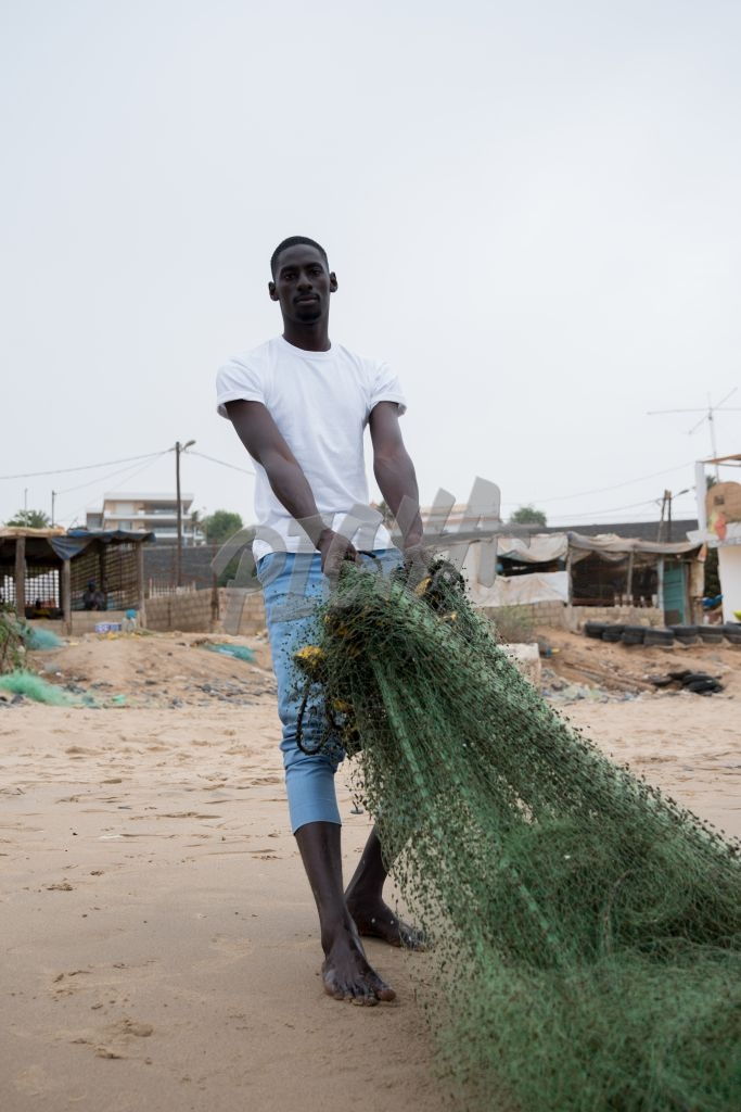 Dragging a fishing net