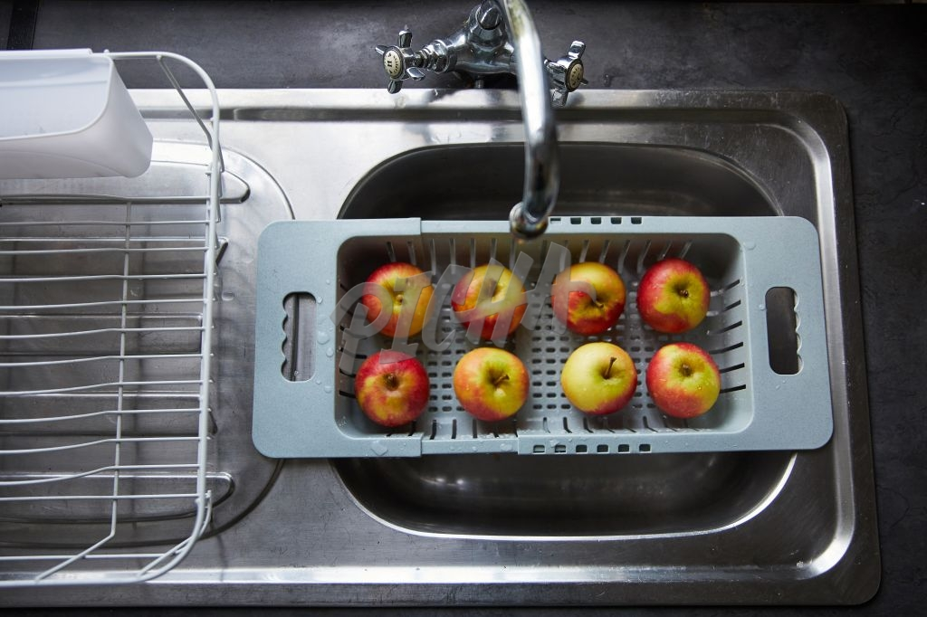 Apples draining in basin
