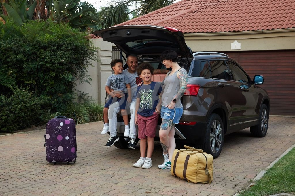 Family packing for holiday
