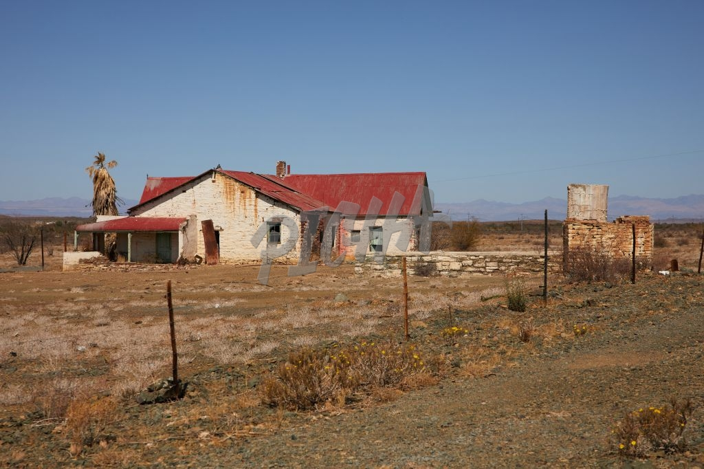 Abandoned House in the Karoo