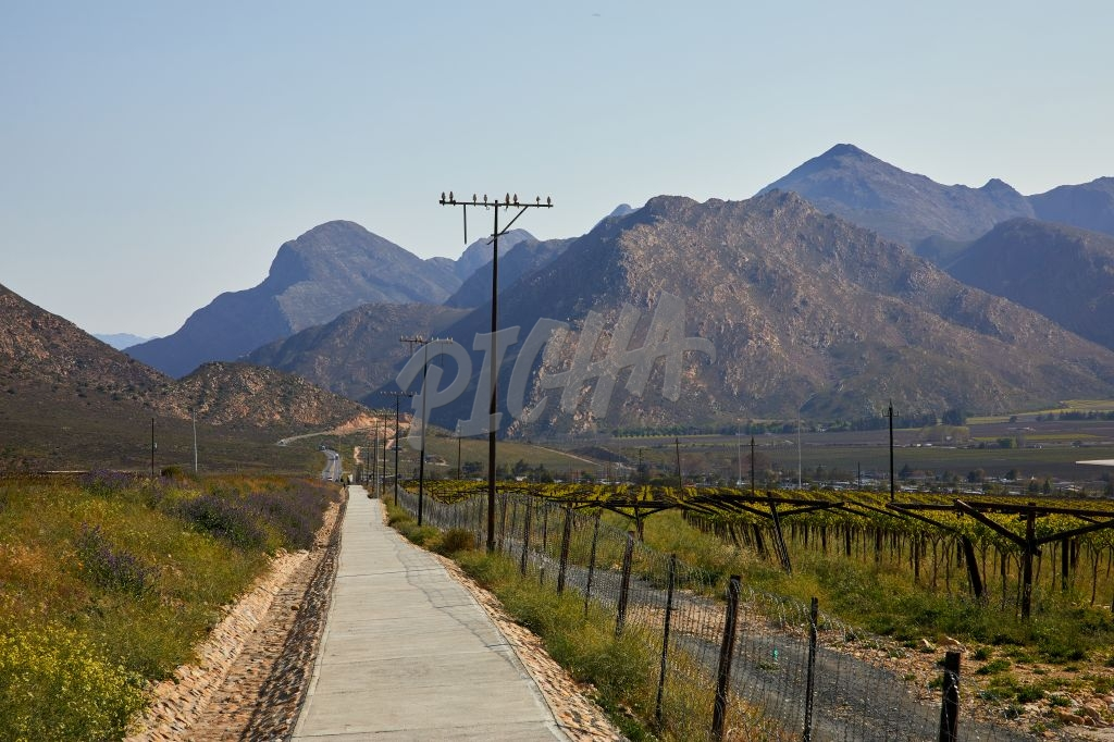 Hex River Valley Pathway