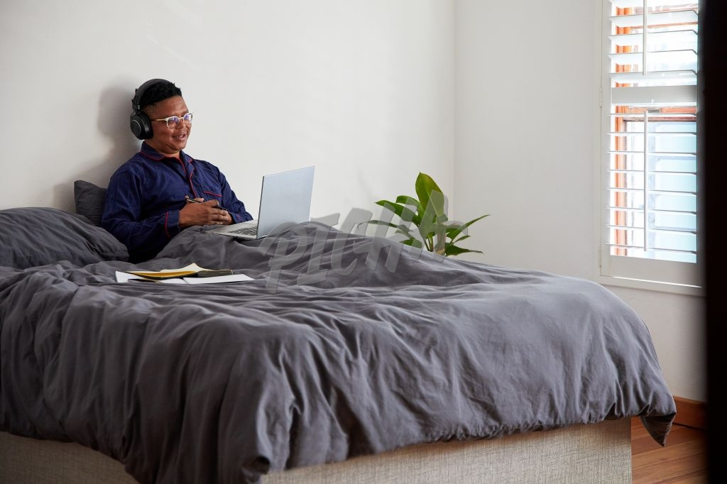 The new normal of a male entrepreneur working from home