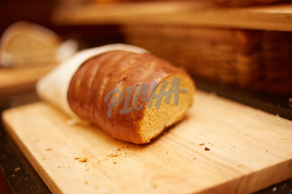 Loaf of bread on a cutting board