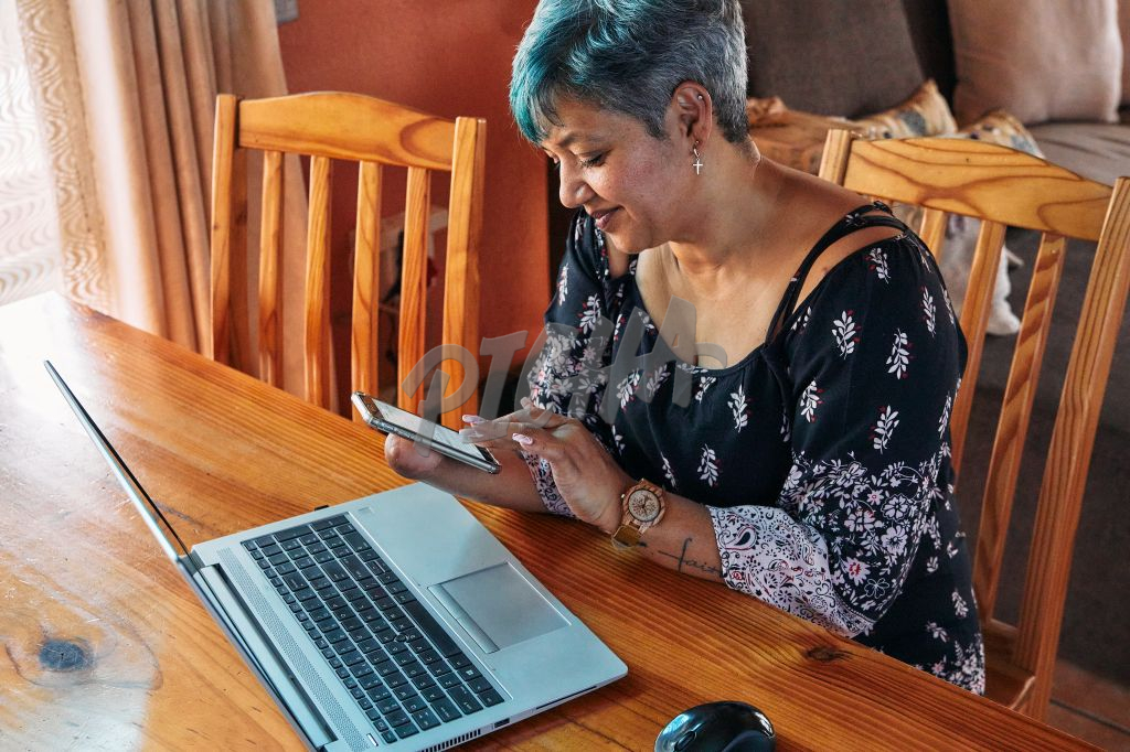 working from home on a cell phone