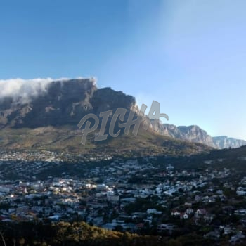 Mountain view of Cape Town CBD from Tamboerskloof
